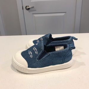 Slip on shoes size 4 for baby boy